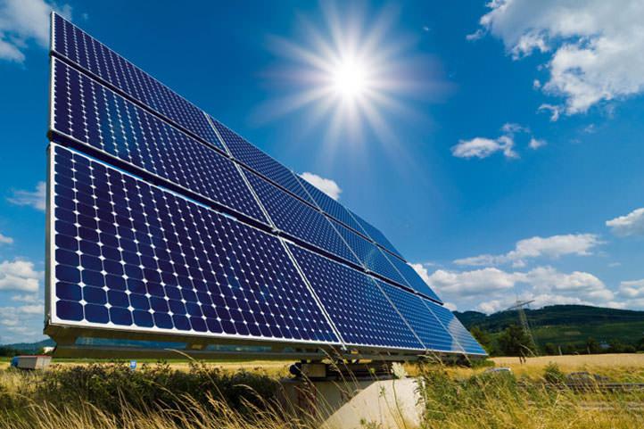 El Consistorio barcelonés invertirá en paneles solares